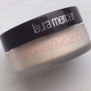 🔝5 for $25!💖Laura Mercier Translucent Powder NEW